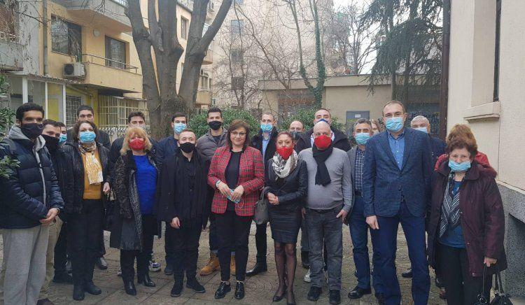 Нинова прие нови членoве на БСП във Варна