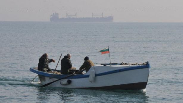 Ново 20: Риболовът от лодка да е платен, а от брега – без пари. Ще мине ли?