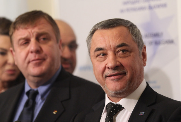 """""""Обединени патриоти"""" работят за два мандата във Варна, отнемат ляв вот от БСП и Мая Манолова?!"""