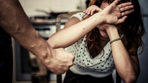 Пореден случай на домашно насилие: Мъж преби съпругата си във Варна