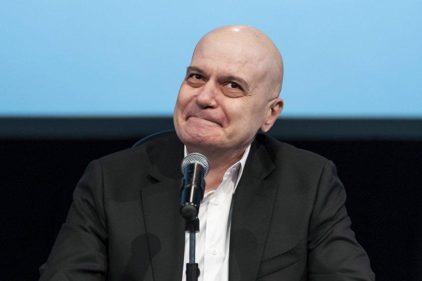 Слави Трифонов се цели в 3 мандати във Варна