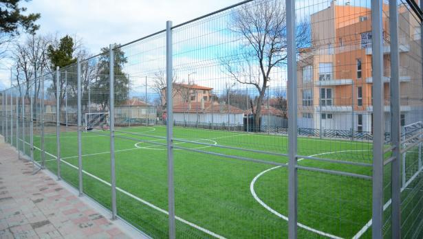 Над 2,2 млн. лева инвестират в спортната инфраструктура на Варна