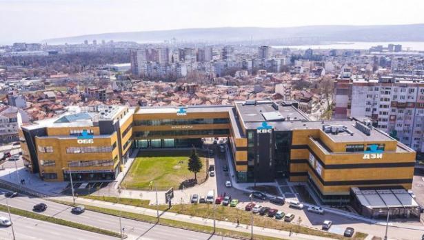 Пфое Мол става Център за дигитални технологии