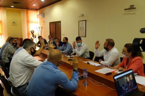 Комисията за младежки дейности бламира предложения на Иван Портних и Генадий Атанасов