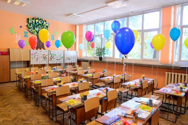 415 свободни места за първокласници са обявени на второ класиране във Варна