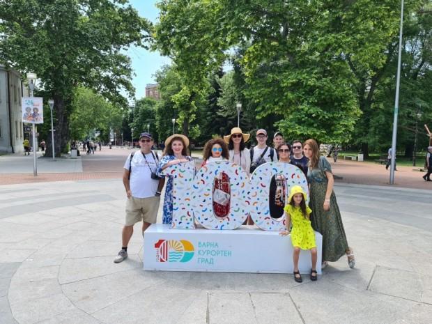 Румънски инфлуенсъри и блогъри рекламират Варна
