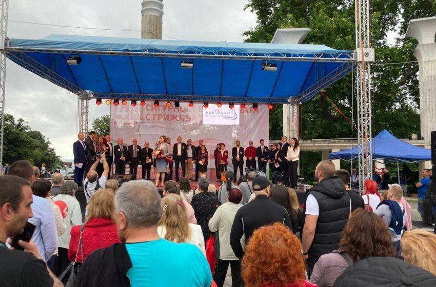 Нинова във Варна: Втори Аспарухов мост, замърсяването на Варненското езеро и изсичването на горите окола града са ни приоритет