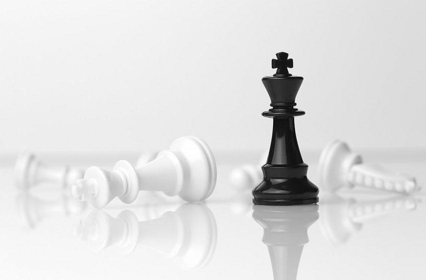 Защо черно-бялото мислене ни вреди? И как да се разделим с него?