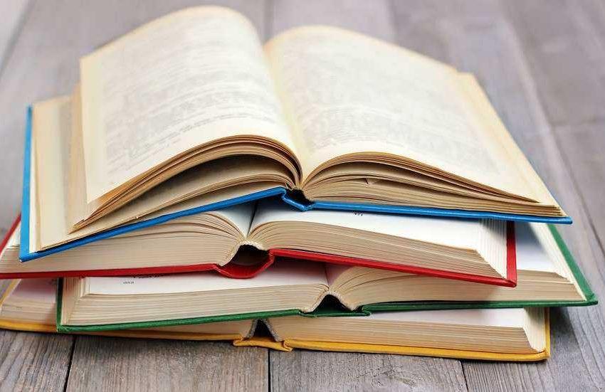В 7 книжарници във Варна ще се събират стари книги