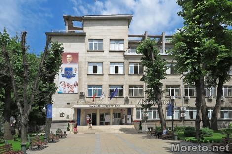 Близо 1500 са първокурсниците в Медицинския университет във Варна, 350 от тях са чужденци