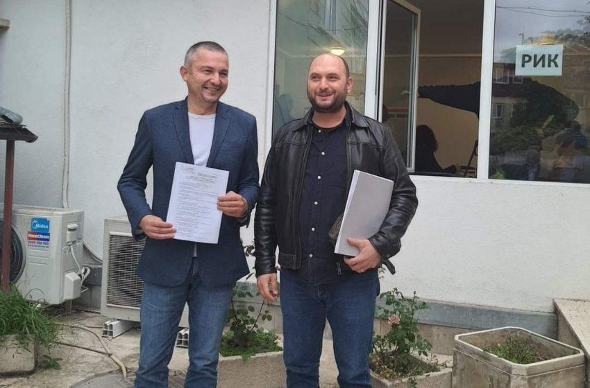 Кмета Иван Портних регистрира листата на ГЕРБ-СДС Варна в РИК
